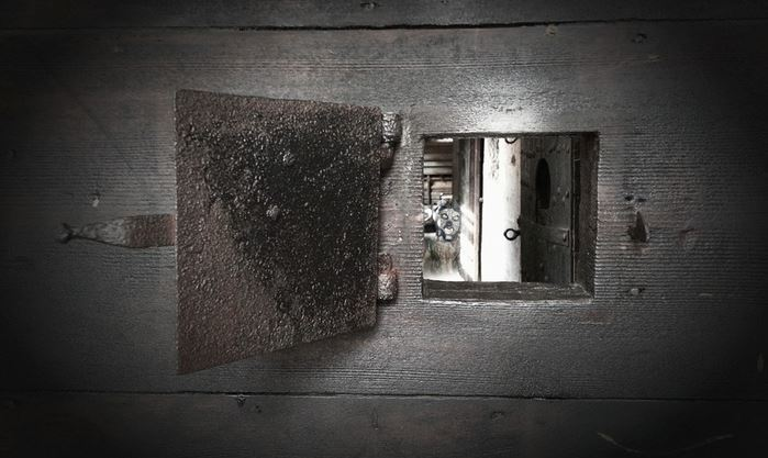 One-Hour Escape-Room Adventure for Up to Three at Hidden Rooms London - save up to 58%